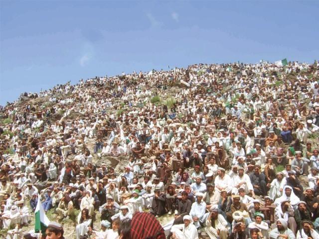 Mitin de masas de la campaña de Alí Wazir el 8 de mayo, en Wana