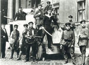 1918_soldados_revolucionarios